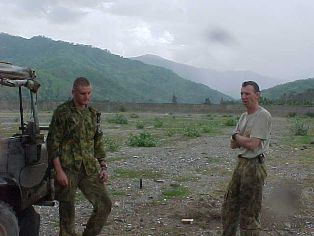 SPR Daniel Wilshaw (L) and SSGT Greg Fish contemplating what to do next.